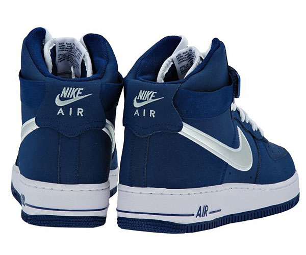 Air Force One High Blau