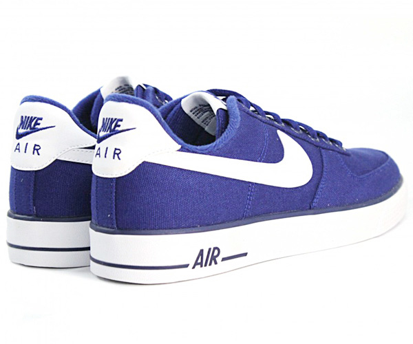 Nike Air Force Blu Camoscio