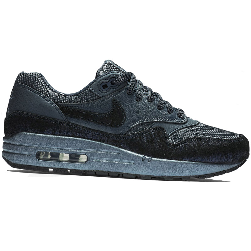 7afa9dfc59033 Nike Air Max Classic Trainers - Musée des impressionnismes Giverny