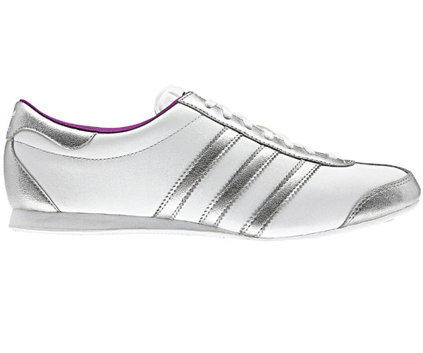 adidas aditrack w damen sneaker neu damenschuhe weiss silber schuhe. Black Bedroom Furniture Sets. Home Design Ideas