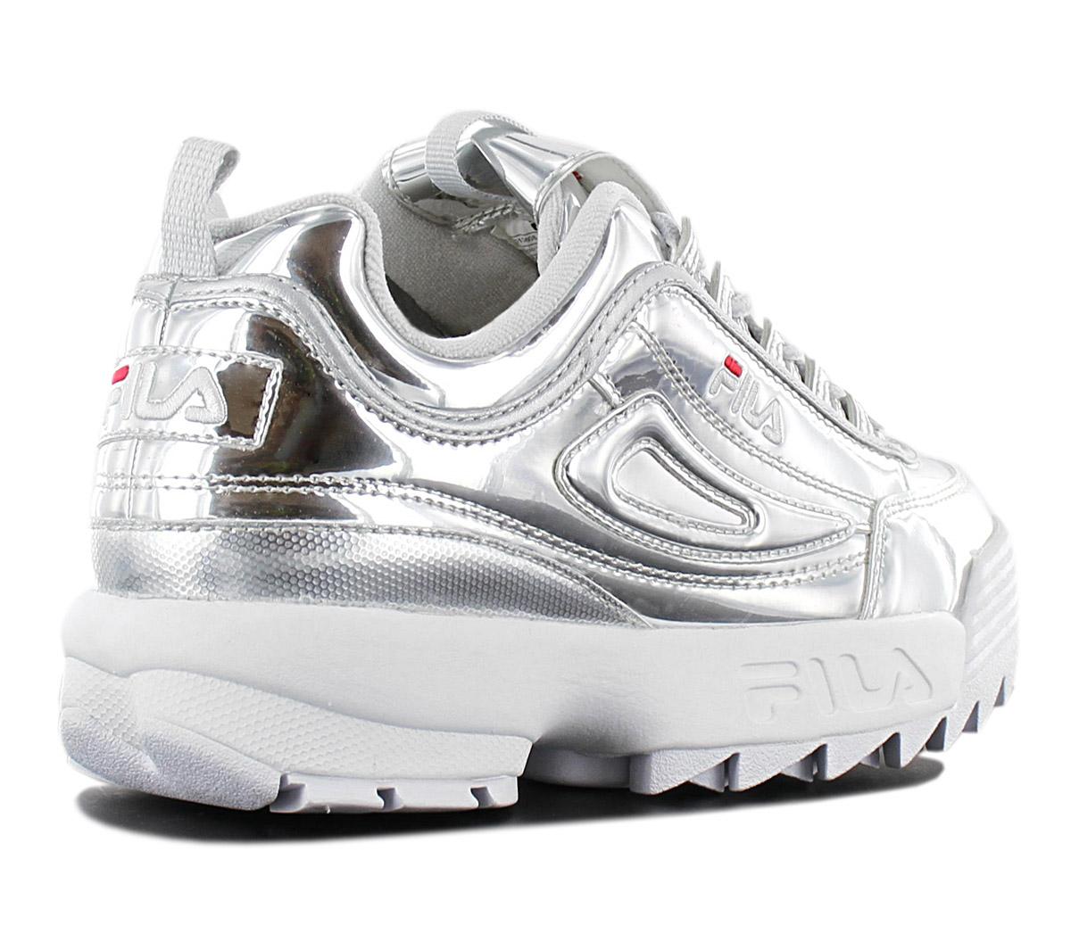 Detalles acerca de Fila Disruptor M bajo para mujeres Tenis 1010608.3VW Nuevos Zapatos de Plata Metálica mostrar título original