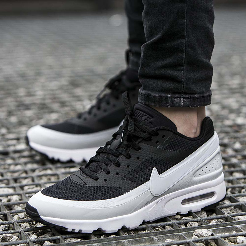 12 Nike Wmns Air Max BW Ultra 819638-001 [EU 38.5 US 7.5]