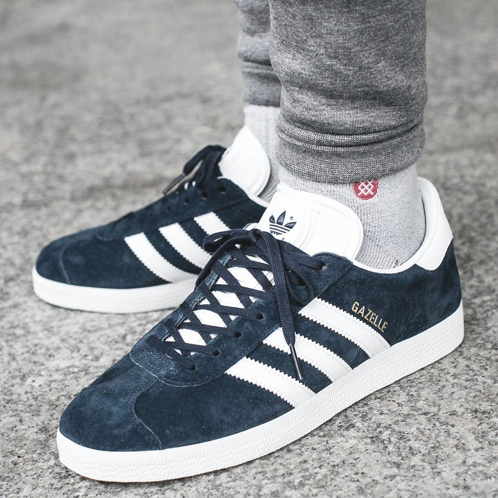 best authentic 6f4f5 5d3a5 Adidas Originals Gazelle 2 Sneaker Navy Blue Men s Women s Shoes ...