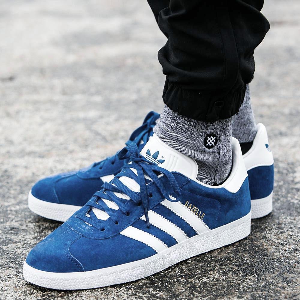 low priced 56bcd 84b86 Adidas Originals Gazelle 2 Sneaker Blue Mens Womens Shoes Re